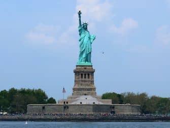 뉴욕 할인패스 비교 - 자유의 여신상