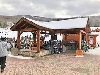 뉴욕 스키 및 스노보드 당일 여행 - 스키 보관소
