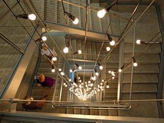 뉴욕 휘트니 미술관 - 계단