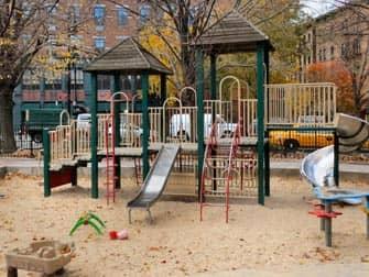 뉴욕 놀이터 - 블리커스트리트