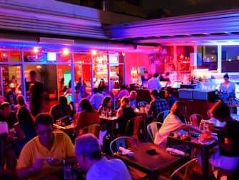 뉴욕 미드타운 밤문화 - 칸티나 루프탑