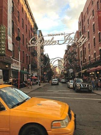 뉴욕 리틀 이탈리아 - 멀베리 스트리트