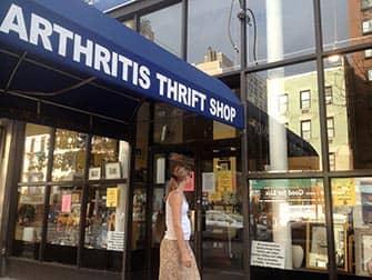뉴욕 어퍼 이스트 사이드 쇼핑 - Arthritis Thrift Shop